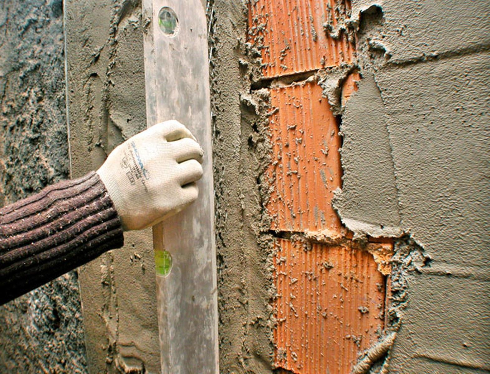 Edilizia come fare un intonaco a muro esperto in casa - Come fare ad andare in bagno ...