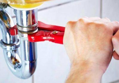 L acqua calda non arriva un idraulico professionista vi for Calcare di piani casa texas