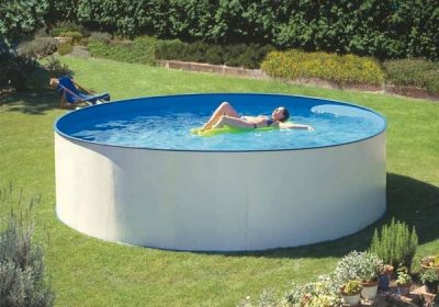 Come installare una piscina mobile rigida fuori terra - Piscine rigide fuori terra ...
